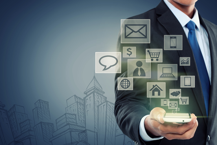 The digital component of the consumer experience - iPROM - Blog - Leon Brenčič